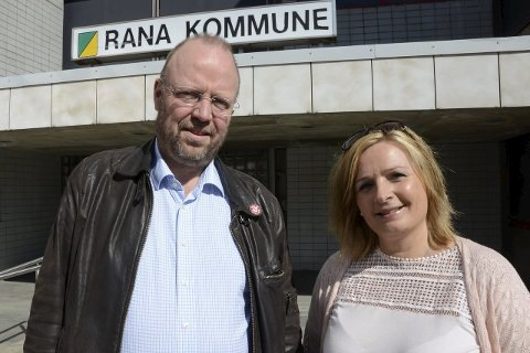 Tospann: Fra i dag flytter både Geir Waage og Linda Eide inn på rådhuset hvor de begge skal fylle vervene sine som ordfører og varaordfører på heltid. Foto: Arne Forbord