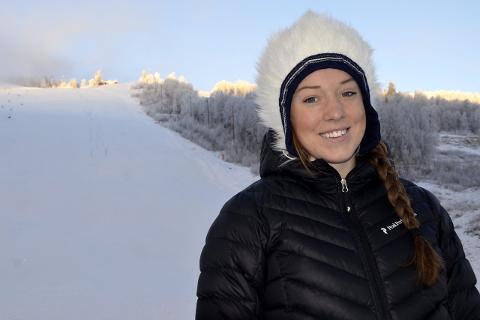 UTE ETT ÅR: Magdalena «Monne» Fjällström ødela korsbåndet i kneet på trening i fjor høst. Dermed gikk landslagsløperen glipp av sin første sesong i verdenscupen. Foto: Trond Isaksen