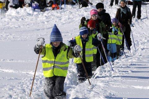 UT PÅ TUR: Friluftsrådet gjør en stor jobb for å gjøre barn og unge glade i naturen.