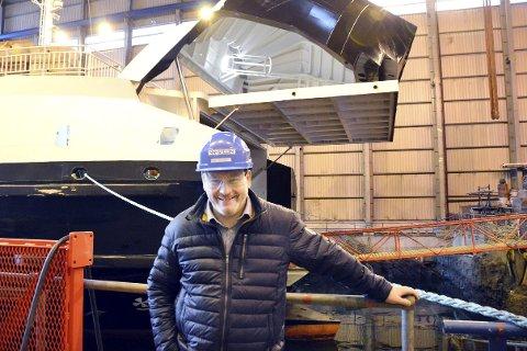 Bare Velstand:  Arnt Skogøy har grunn til å gelde seg over stor aktivitet ved bedriften, men han håper i det lengst at kommunens søksmål mot bedriften avblåses og at det kommer til en løsning på konflikten. Foto: Ingeborg Andreassen