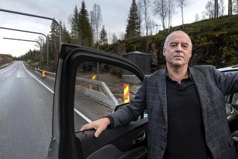 Karl Hans Rønning mener beboere på enkelte postnummer må slippe å betale bompenger. Foto: Øyvind Bratt