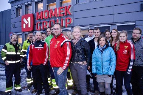 PENGEDRYSS: De ansatte i Momek Group har i år igjen gitt firmajulegaven til et godt formål. Og i år gikk det til mange - hele 14 prosjekt. Foto: Trond Isaksen