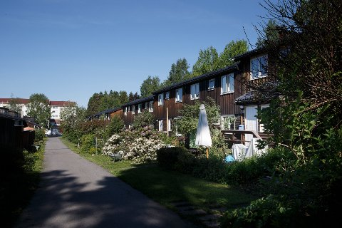 Lov om husstandsfellesskap regulerer rett til bolig og innbo når samboerforholdet oppløses.