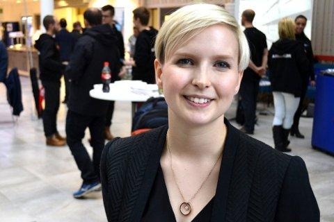 HAR PROGRAMMET KLART: Marlene Jordbru er prosjektleder i Kunnskapsparken Helgeland og sitter i arbeidsgruppa som nå presenterer et spennende konferanseprogram. Foto: Beate Nygård