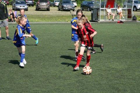 Her ser vi Åga og Selfors i aksjon under HSB-cup på Ytteren i fjor.