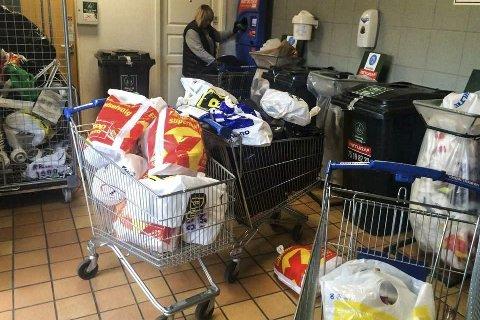 Flere lass: Pant for over fem tusen kroner samlet de inn i løpet av seks timer.Foto: Privat