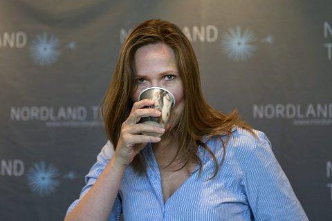 Har nok vann: Birgitte Strid blir allikevel slått av vannets sterke symbolikk i «Vannposten».Foto: Øyvind Bratt
