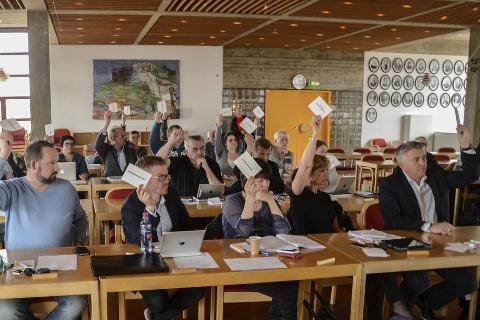 EIENDOMSSKATT: SVs Inge Myrvoll mener det er opplagt at ei økning av eiendomsskatten er nødvendig for å unngå å bygge ned tjenestetilbudet. Ei slik økning får han neppe Høyre og Frp til å stemme for. Foto; Øyvind Bratt