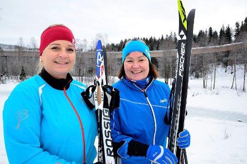 Klokkerhagen: Anita Sollie (H) og Linda Veronika Eide (Ap) inviterer alle kvinnene i ranapolitikken til å komme å trimme i Klokkerhagen en gang i uka.