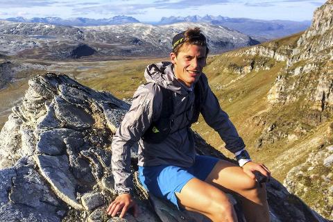 SESONGAVSLUTNING: Rolf Einar Jensen har gått fra langrennssatsing til skyrunning. I helga avslutter han sesongen med en konkurranse i Italia. Foto: Privat