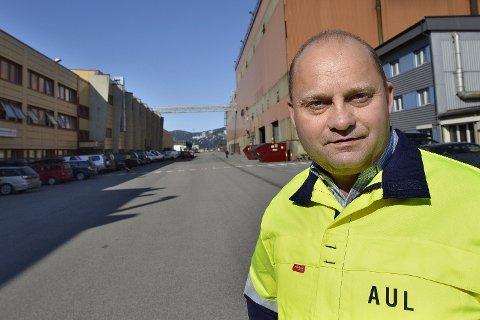 Hedret: Administrerende direktør i Mo Industripark AS, Arve Ulriksen, hedres for sitt arbeid for grønn industri. Foto: Øyvind Bratt