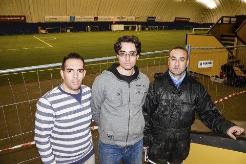ORDNER OPP: Når Stålkams Rede Cup sparkes i gang i morgen kveld, har Amir Bahador Sheibany (t.v.), Arair Hossein Sheibany og Hitham Allahmad sørget for at alt er rigget og klart.