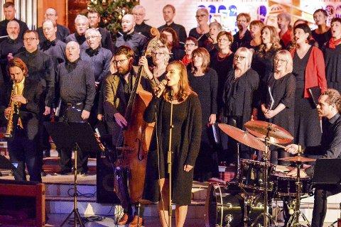 To konserter: Båsmokoret holdt to julekonserter i Ytteren kirke søndag 18. desember.
