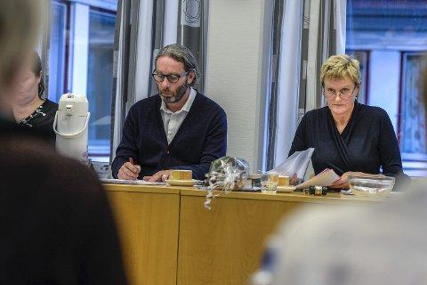 FORNØYD: Rådmann i Nesna kommune, Geir Sakariassen, mener kommuneøkonomien på tross av sine utfordringer er på bedringens vei.