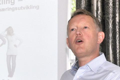 ÅRSAKER: RU-direktør Henrik Johansen tenker at nedgang i enkelte bransjer kan være blant årsakene til nettoutflyttingen i Rana.
