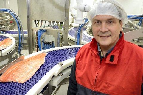 IKKE OVERRASKET:  – Totalt sett er det 850.000 fisk på lokaliteten, sier administrerende direktør Odd Strøm i Nov aSea, som altså ikke er overrasket over at mistanken nå foreligger. Foto: Arne Forbord