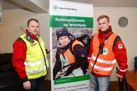 Ingen utkalling på tre år: Operativ leder Kim Roger Lien og leder Torgeir Løkås i Norsk Folkehjelp Mo synes det er demotiverende å øve på fjellredning, når politiet ikke bruker deres kompetanse. – Det er tre år siden sist vi ble ringt opp og spurt om å bidra, sier Lien.