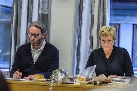 SLUTTER: Ordfører Hanne Davidsen skal etter fellesferien starte jobben med ansettelse av ny rådmann når Geir Sakariassen slutter.