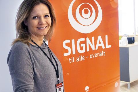 Fibernett: Laila Gaup Remmen og resten av Signal Bredbånd Mo i Rana bygger ut fibernett på Båsmo og Ytteren. Foto: Marie Skonseng