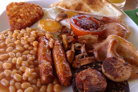 Full English breakfast. Foto: Wikimedia Commons