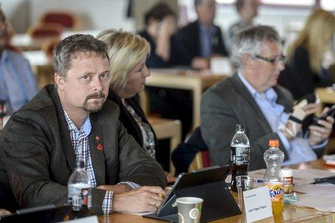 Ingen utvidelse: Lars Frøysa (Ap) viste blant annet til den positive effekten kortere skjenking har hatt på voldstallene, ifølge politiet. Foto: Øyvind Bratt
