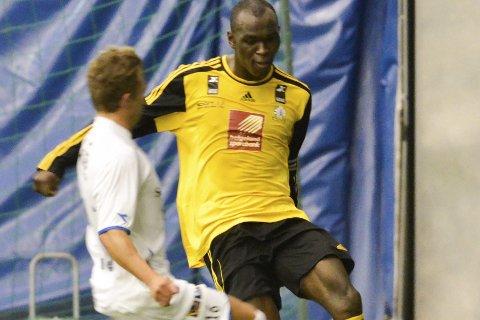 Fortsatt håp: Destin Makumbu har ikke gitt opp en topp fire-plassering denne sesongen. Foto: Gøran O. Pedersen