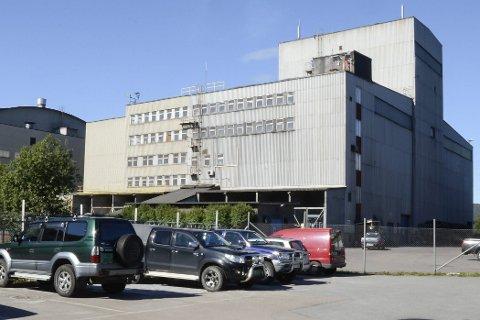 FORNØYDE: Ledelsen i Rana Gruber er svært fornøyd med nivået på den nye taksten på bedriften for utskriving av eiendomsskatt. – Jeg vil anbefale styret å akseptere taksten, sier styreleder Malvin Nilsen (innfelt).