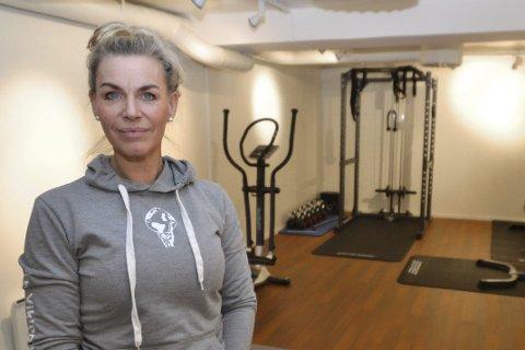 Mange planer: – Det skjer så mye og vi har så mange planer, forteller Inger Gretasdatter som tilbyr personlig trening under samme tak som Elin Stenersen. Foredrag, bedriftsbesøk, gruppetimer og trening for rullestolbrukere er noen av ideene de er i gang med.