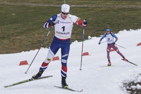 NY ARENA: Skiskytteren Fredrik Gjesbakk (t.h.) går tre eller fire distanser i EM in skiskyting denne uka, som starter med normalprogram onsdag. Foto: Anders Brun Hennum