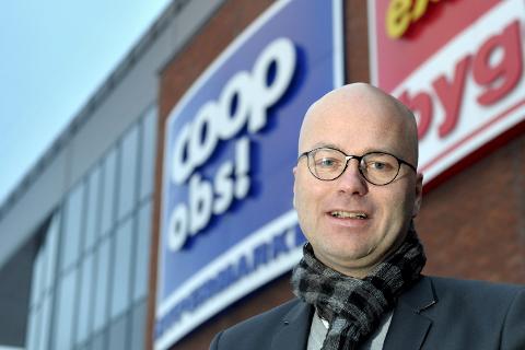 KJØPEUTBYTTE: Adm. dir. Per Brochmann i COOP Helgeland utbetaler 12,7 millioner i kjøpeutbytte. Foto: Øyvind Bratt