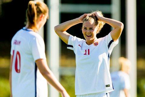 I FORM: Lisa-Marie Karlseng Utland føler hun er i form foran den viktige landskampen mot Nederland i kveld. Foto: Vegard Wivestad Grøtt