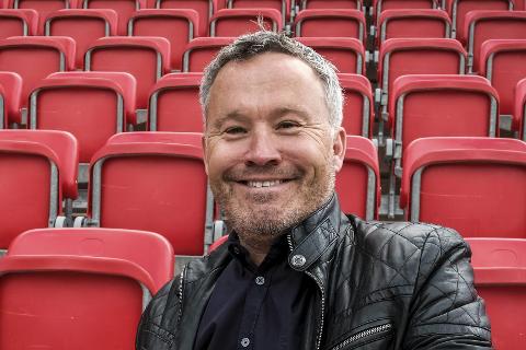 STØTTES: Roger Håkonsen er glad for støtte i barn og ungdom.