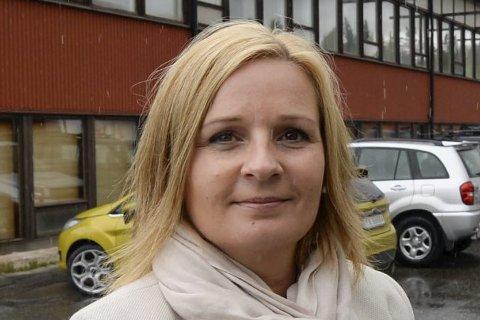 - Jeg vil ikke nå si om jeg har tillit eller ei til nestleder Trond Giske i Arbeidspartiet etter at denne varslersaken har sukket opp, sier leder Linda Eide i Rana Arbeiderparti.