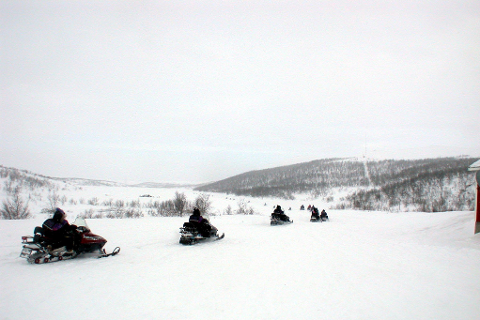 Nye runder:   Kommunestyret i Rana er innstilt på å gå nye runder for å få på plass snøscooterløyper til rekreasjonskjøring i kommunen.