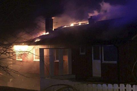 Brann: Et bolighus i Åga brant for halvannen uke siden.