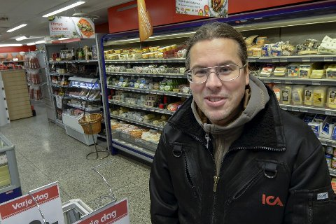 Nils Wikberg ved ICA Fjällboden. Foto: Øyvind Bratt