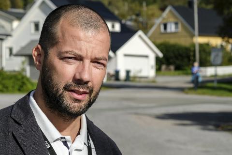 AKSELLERERER: Daglig leder i DNB Eiendom, Tomi C. Johansen, er overbevist om at flyplassen blir gull for boligeiere. Han mener tiden for å kjøpe bolig er gunstig. Foto: Øyvind Bratt