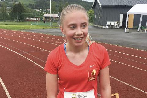 BEDRING: Johanne Møllevik Rødsjø bedret sin personlige rekord med 11 sekund på 3.000 meter. Foto: Privat