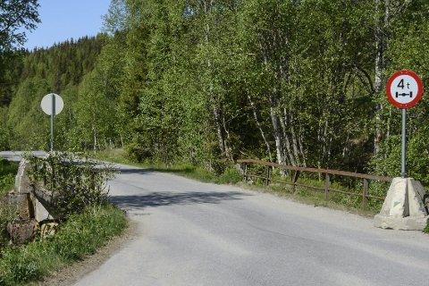I løpet av sommeren skal problembrua i Ildgruben over Storbekken settes i stand.