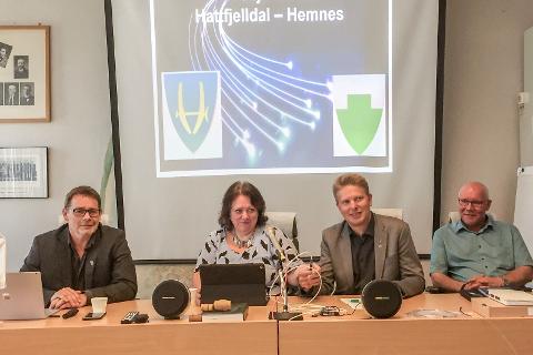 Stian Skjærvik, Christine Trones, Haral Lie og Amund Eriksen er glade for den nye digitale motorveien.