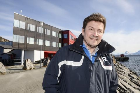 – For driften til oss i Nova Sea vil den nye brønnbåten bety mye, sier daglig leder Odd Strøm.