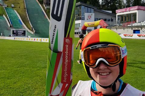 Oda Leiråmo under kombinertkonkurransen i FIS Youth cup i Oberstdorf i 2017.