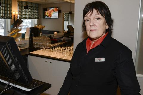Hovedtillitsvalgt Berit Flaate håper folk merker seg hvor ansatte får ei anstendig lønn.