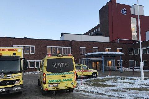 Brannvesent klarte ikke å finne ut hvorfor det ble røykutvikling ved kreftpoliklinikken ved Helgelandssykehuset lørdag ettermiddag