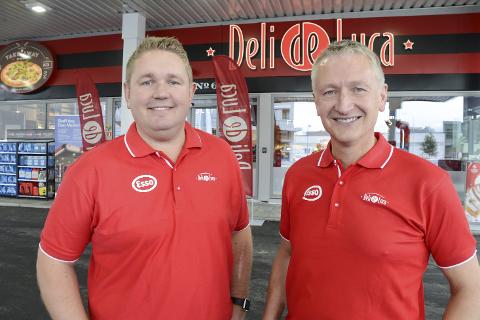 For Tore Lundbakk og Rolf Olafsen, som eier byggene ved Esso Ytteren, passet det ikke nå å ta over driften av stasjonen, men intensjonen er å gjøre det i framtida.