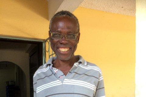 Francis fikk en ny hverdag da han fikk briller i styrke minus 5 fra Mo i Rana.