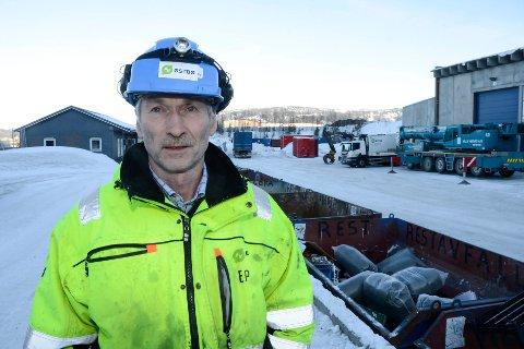 Trond Jøran Pedersen og Østbø mener det ikke er behov for gjenbruksstasjon på Vikaleira. Et samarbeid mellom HAF og Østbø vil kunne løse floken.