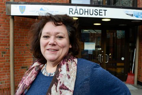 UENIG: – Jeg går på et nytt år med et vedtatt budsjett jeg ikke er enig i, men min jobb blir å gjennomføre det flertallet har vedtatt, sier ordfører Christine Trones i Hemnes.