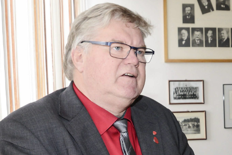 Tiden som leder i Hemnes Ap er snart over for Tord Johansen, som gir seg etter fire år i sjefsstolen.