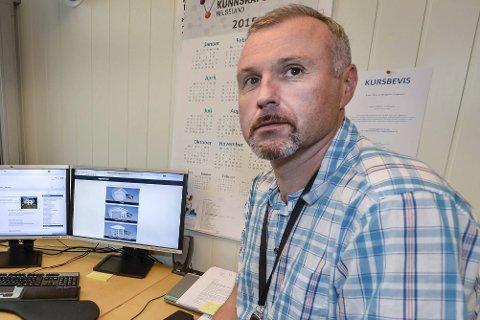 – Oppsettingen av utedassen på Hauknes er lovlig i inntil to måneder, sier byggesakssjef Jan-Terje Strandås i Rana kommune.